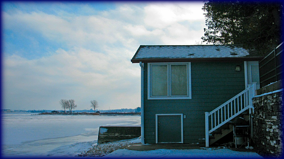 Bay Cottage on Ice