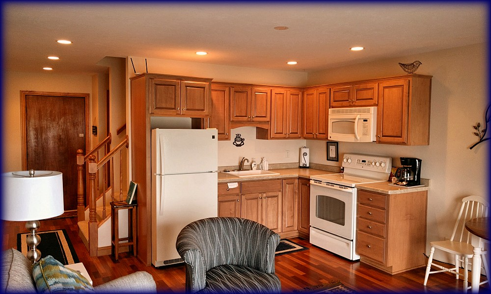 TH105 kitchen two
